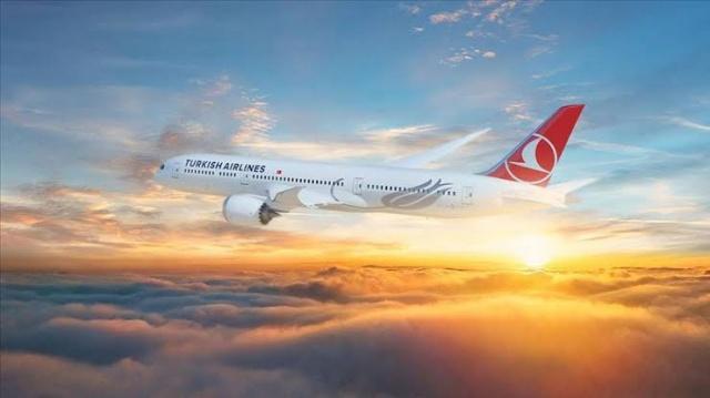 Amerikan uçak üreticisi Boeing'in en büyük müşterilerinden olan ve yere indirilmiş 24 adet Boeing 737 MAX tipi uçağı bulunan Türk Hava Yolları, bu uçaklar ile ilgili belirsizliğin sürmesi ve süreç ile ilgili nitelikli açıklamanın yapılmaması nedeniyle üretici şirkete dava açmaya hazırlanıyor.