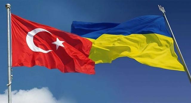 İsveç'ten Ukrayna Havayolları ile Kiev üzeri Ankara'ya uçacak olan yolcuları da ilgilendiren konuların başında Ukrayna'dan uçuşların ne zaman başlayacağıdır. Koronavirüs nedeniyle Türkiye, Ukrayna'ya uçuşlarını durdurmuştu. Uçuşların yeniden başlaması için Ukrayna dışişlerinden görüşüyoruz açıklaması geldi.