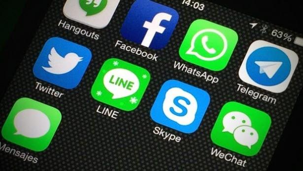 Geçtiğimiz dönemde mesajlaşma uygulamasını web'e entegre eden WhatsApp'ın, bu platformda milyonlarca kullanıcısını zora sokabilecek bir açığa sahip olduğu ortaya çıktı.