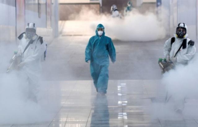 Dünya genelinde birçok yönüyle salgının etkileri yeni gelişmelere sahne oluyor.  Mutasyonların yeni türleri, kısıtlamalar, toplumların salgın nedeniyle yorgunluğu ve daha nicesi...  Tüm gelişmeler içinde hayatın devam ettiği zor günlerden biri daha geride kaldı.  Dünya genelinde yeni tip koronavirüs (Covid-19) vaka sayısı 78 milyon 702 bini, virüs nedeniyle hayatını kaybedenlerin sayısı 1 milyon 730 bini, iyileşenlerin sayısı 55 milyon 355 bini aştı.