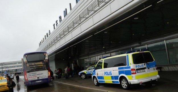 Arlanda Havalimanı'nda 6 Kişi Tutuklandı