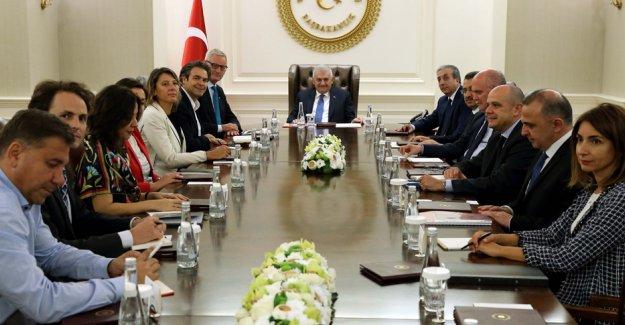 Başbakan Yıldırım, Carl Bildt'i kabul etti