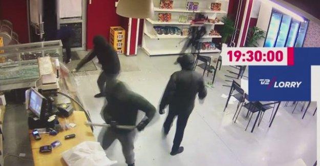 Danimarka'da haraç vermeyen Ali'nin kafeteryasına saldırdılar