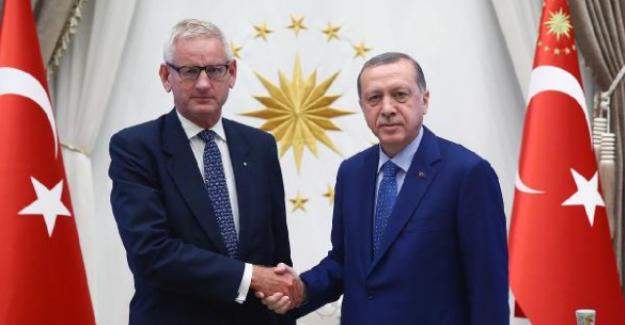 Erdoğan, İsveçli Eski Bakan Carl Bildt'i Kabul Etti