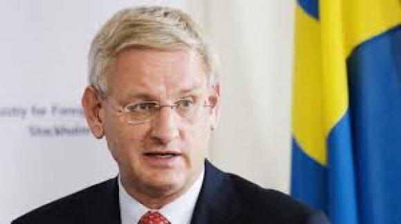 Eski İsveç Başbakanı Bildt: 'AB, Balkanlar'a asker çıkarmalı'