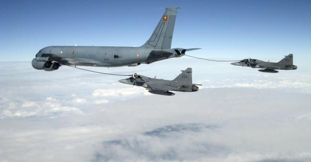 İsveç Savaş Uçaklarından Rusya'ya gözdağı gibi tatbikat...VİDEO