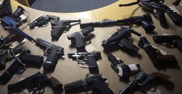 İsveç'te artan silahlı saldırılara yeni önlemler geliyor
