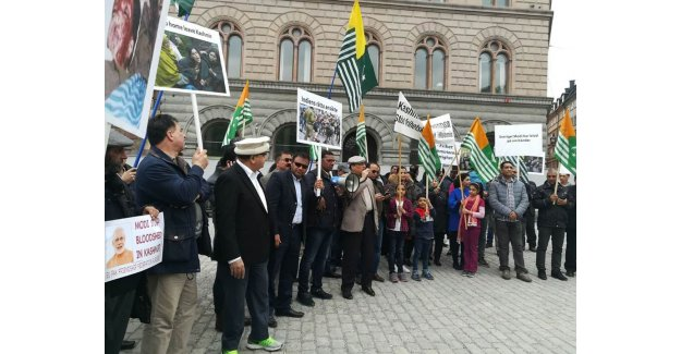 İsveç'te Hindistan Başbakanına Protesto