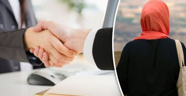 """İsveç'te ombudsmandan """"el sıkışmama"""" açıklaması"""