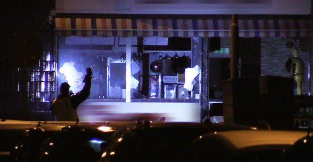 İsveç'te restorana bombalı saldırı