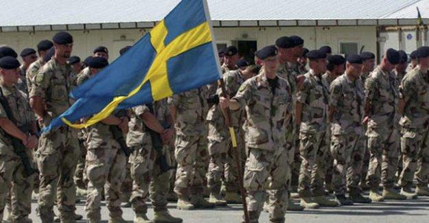 """İsveç'te """"Rusya'ya karşı Savaşa hazırlıklı olun"""" broşürü"""