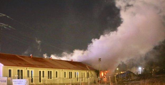 İsveç'te sığınmacıların taşınacağı iki bina yandı