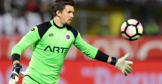 İsveçli Kaleci Fenerbahçe'ye transfer olacak mı? İşte açıklama...