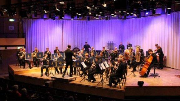 Konser dinleyebilmek için İsveç vatandaşlığı şartı