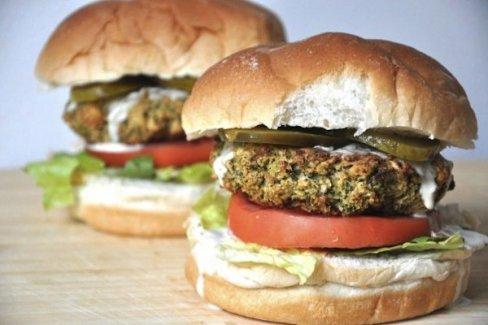 McDonald's, İsveç ve Finlandiya'da 'vegan burger' satışına başlıyor