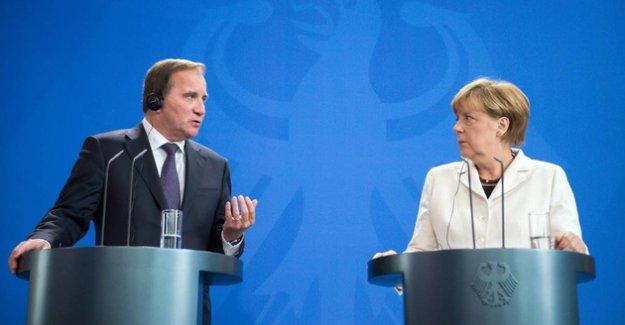 """Merkel: """"Müslümanlar da İslam da Almanya'ya ait"""""""