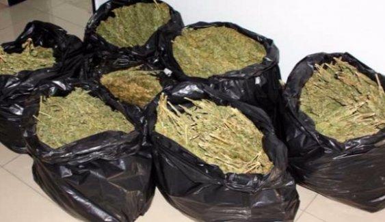 Mersin'de Uyuşturucu Operasyonu: İki İsveçli Tutuklandı