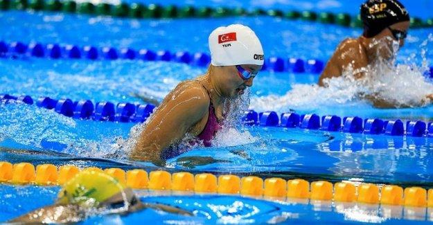 Milli yüzücüden İsveç'te büyük başarı