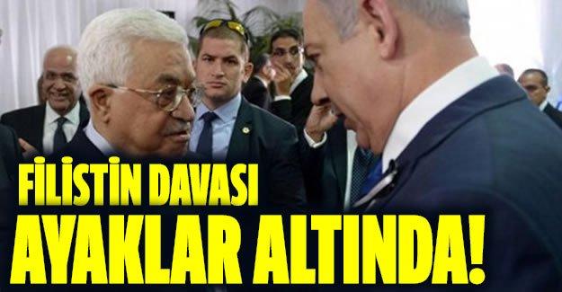Peres'in cenaze törenine katılan Abbas'a öfke