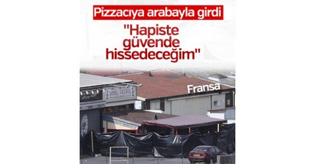 Pizzacıya arabayla saldırdı