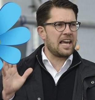 İsveç'te aşırı sağcı liderden 'başörtüsü' açıklaması