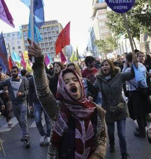 Yunanistan'da sığınmacılara destek gösterisi