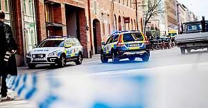İsveç'te cinayete teşebbüsten aranan zanlı polis tarafından vuruldu