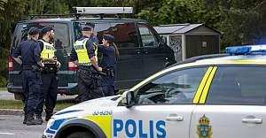 İsveç'te polis bir kişiyi vurdu