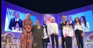 İsveç'ten Fatma İpek Alcı ile Ajda Pekkan biraraya geldi