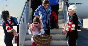 İsveçli Turist Grubu Antalya'da Görsel Şölen'le Karşılandı