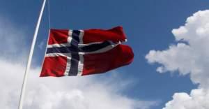 Norveç, dört NATO subayı ile bir askeri ateşenin ilticası kabul etti