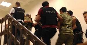 1 albay ile üç asker gözaltına alındı!