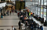 Havaalanı'nda bomba alarm! Seferler iptal