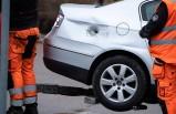 İsveç'te park halinde bir araç kurşunlanmış halde bulundu