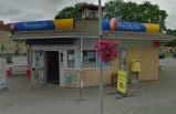 İsveç'te Pressbyrån önünde çıkan çete kavgası kanlı bitti