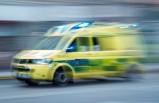 İsveç'te yoldan çıkan araç ağaca çarptı - sürücü hayatını kaybetti