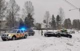 İsveç'te zincirleme kaza 6 araç birbirine girdi