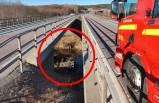 İsveç'te kontrolden çıkan araç köprüden düştü
