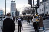 Stockholm'de bahar havasıyla birlikte insanlar kendini dışarı atıyor