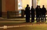 Pressbyrån önünde çıkan kavgada iki kişi bıçaklandı