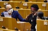 Siyahi Avrupa Parlamenteri, Belçika polisinin ırkçı saldırısına uğradı