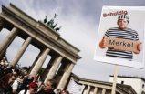Almanya'da maske takmak istemeyen 22 bin kişi sokağa döküldü