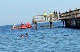 İsveç'te iskele yıkıldı 70 kişi denize düştü