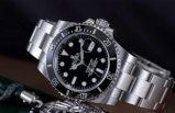 Göteborg'da fotoğraf çekme bahanesiyle, yaşlı adamın kolundaki Rolex saati çaldılar