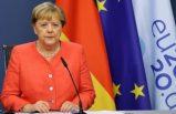 Merkel: AB ile Türkiye arasında vize serbestisi konusunda tarih verdi