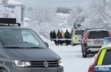 Polis iki kişiyi bıçaklayan zanlıyı vurarak öldürdü