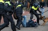 32 Türkiye kökenli adayın bulunduğu Hollanda'da genel seçim öncesi protestoculara polis müdahalesi