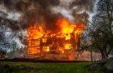 İsveç'te evlere yıldırım düştü
