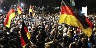 Almanya'da Pediga karşıtı gösteriler