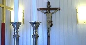 İsveç'te limanlarda ki kiliselerde Hristiyan sembolleri kaldırılıyor